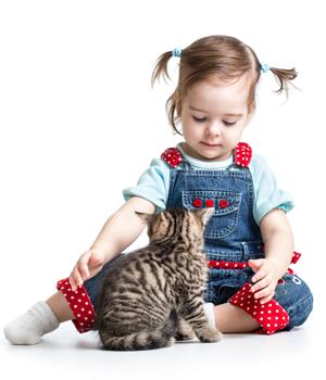 Kediyi seven kız