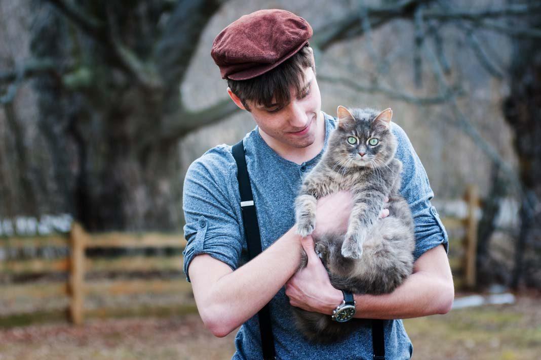 Kedinizi mutlu etmenin 10 yolu!